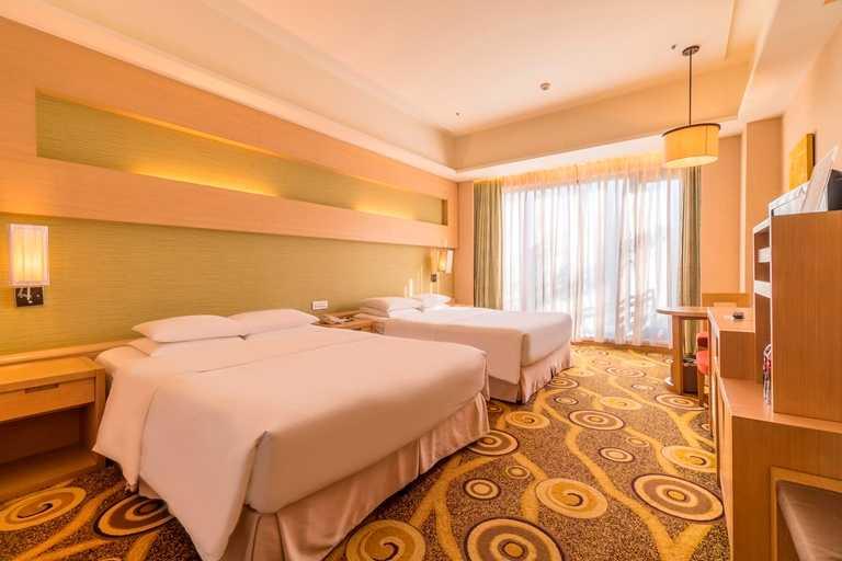 義大皇家酒店雅緻家庭房空間寬敞。