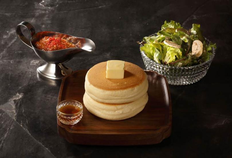 波隆肉醬厚鬆餅。