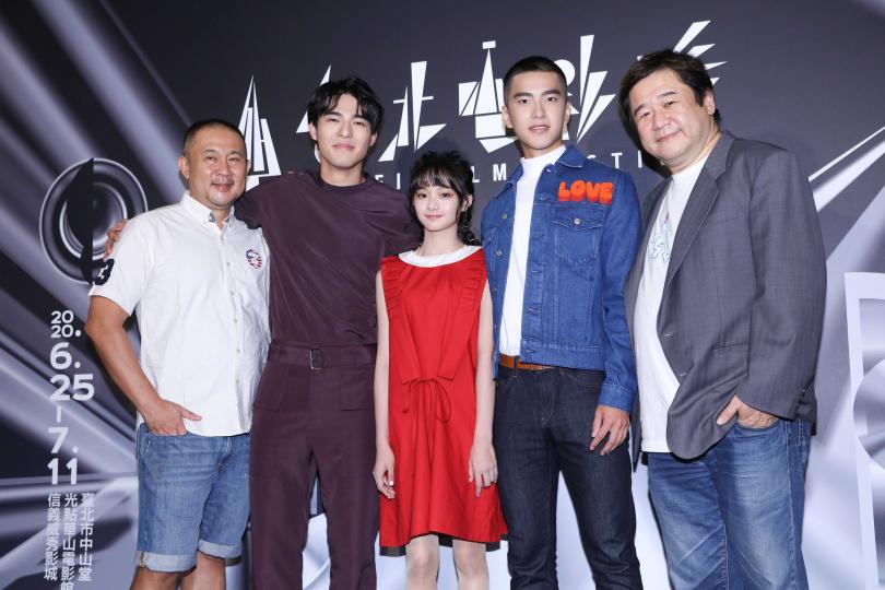 《刻在你心底的名字》世界首映,導演柳廣輝(左起)、主演陳昊森、邵奕玫、曾敬驊、監製瞿友寧。