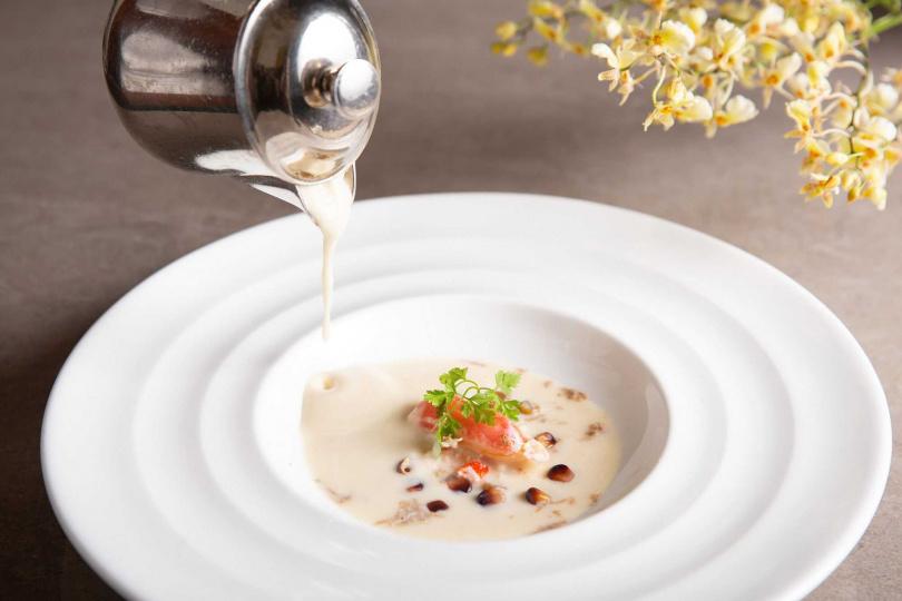 芹菜根/ 蟹肉/ 白松露。(圖/台北西華飯店提供)