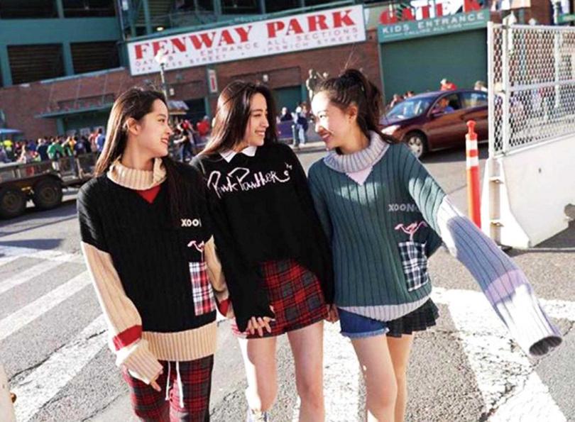 香奈兒和閨密歐陽娜娜同為星二代,也都在美國伯克利音樂學院就讀。(圖/翻攝自王敏淳臉書)