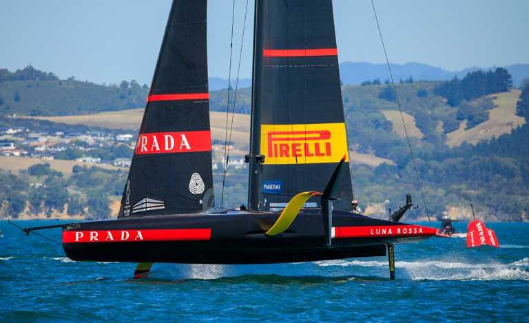 沛納海自2019年以來,即成為「Luna Rossa Prada Pirelli」船隊的官方贊助,不僅宣示兩個義大利傳奇的結合,亦代表沛納海對海洋世界的熱情和承諾。(圖╱PANERAI提供)