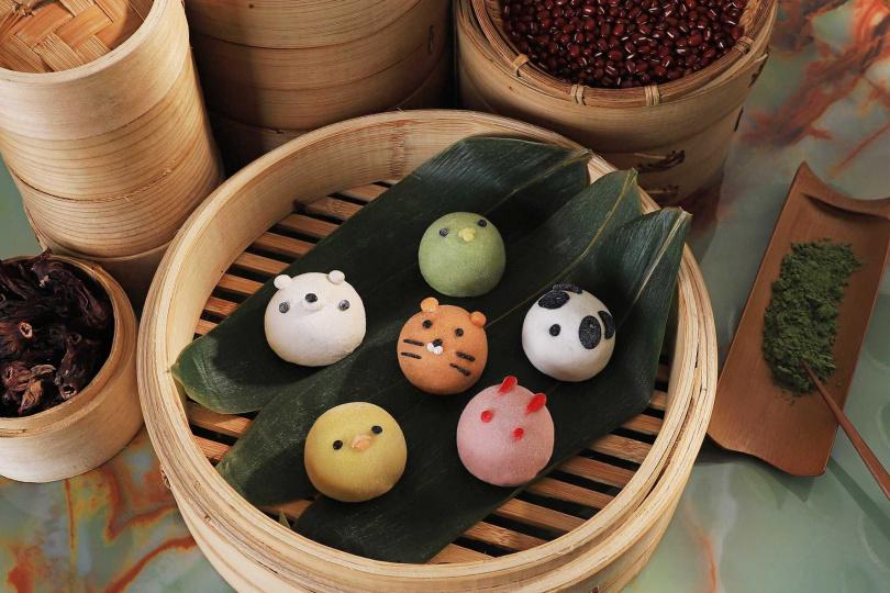外型討喜的創意甜粽「粽夏動物園」共有六種口味。(圖/台南晶英)