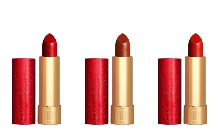 (左起)#25米開理紅、#505復古珍妮特、#513艾米櫻紅是全新赤紅色調大膽而突出,完美展露節日帶閃爍和歡樂的一面。(圖/品牌提供)