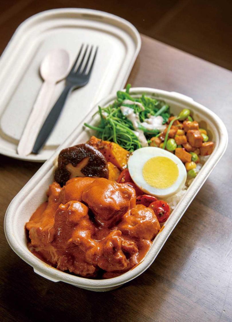 「澳門葡式非洲雞」據說由葡萄牙人傳入澳門,經當地廚師改良後,成為澳門獨有的美食。(160元)(圖/焦正德攝)