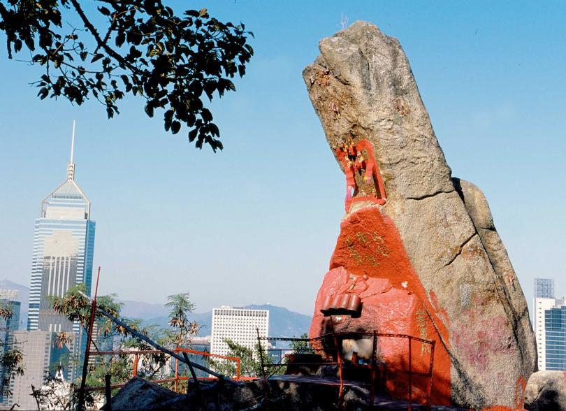 高九公尺的姻緣石可以求配偶與求子嗣。