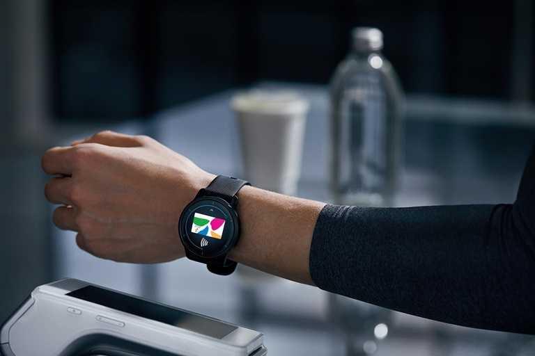 「VENU 2系列GPS智慧腕錶」內建多項智慧提示、悠遊卡及Garmin Pay行動支付,減少接觸風險、保護大家健康。