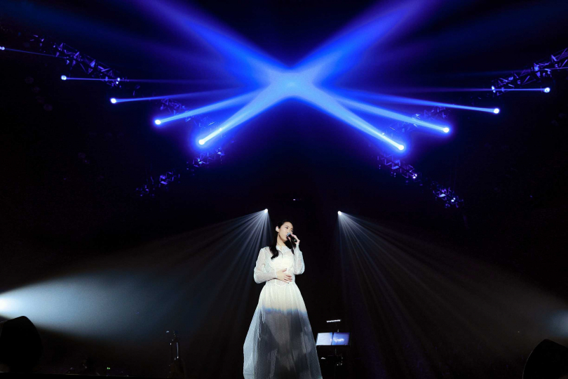 王若琳《愛的呼喚巡迴演唱會》4日在上海靜安體育中心正式開跑。(圖/索尼提供)