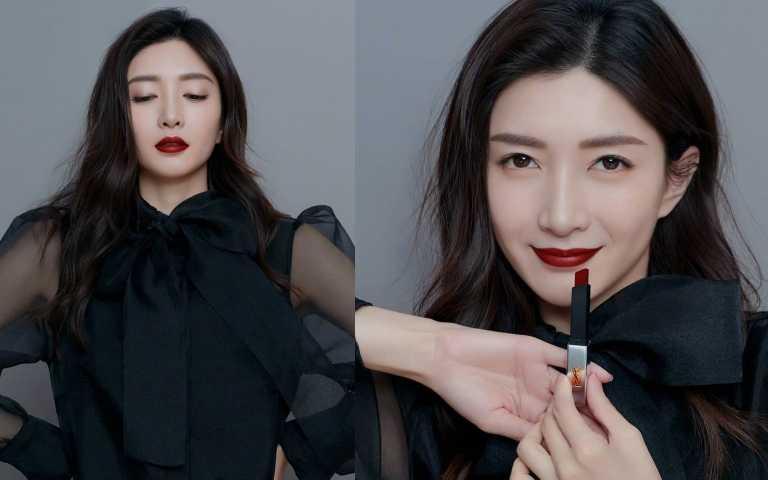 江疏影手上拿的是 YSL奢華緞面絲絨唇膏#107,讓她擦起來特別有氣勢。(圖/IG)
