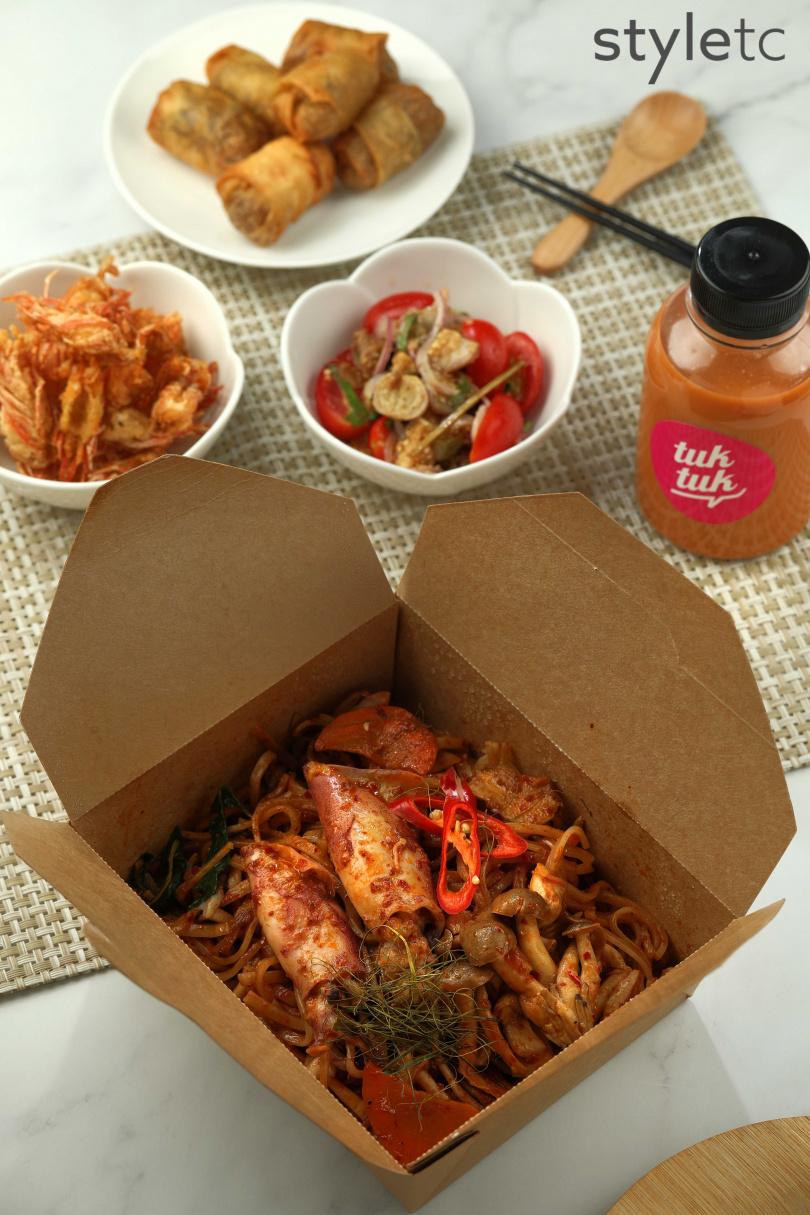 獨家招牌菜色乾炒東蔭小卷河粉,可吃到海鮮鮮甜和香料辛香。(238元)(圖/于魯光攝)