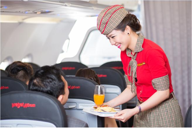 越捷航空SkyBoss提供一系列尊榮服務,包括優先登機及專車接送,打破廉航刻板印象