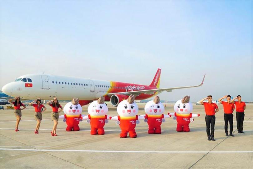 越捷航空邀請乘客「展現您的夏日風情」,即日起至7/31止,每天下午1~3點於官網釋出超級優惠機票