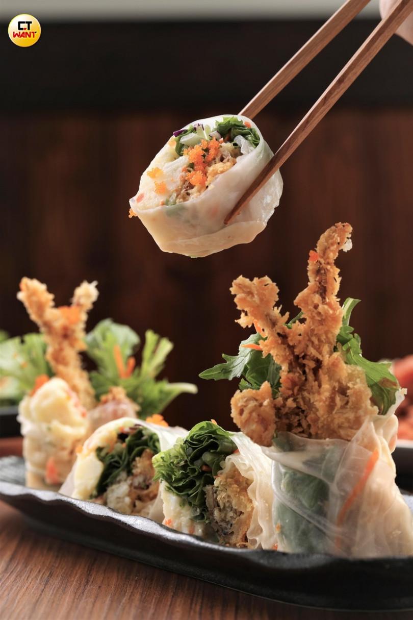 (軟殼蟹生春捲)結合日式與越式元素,好看又好吃!