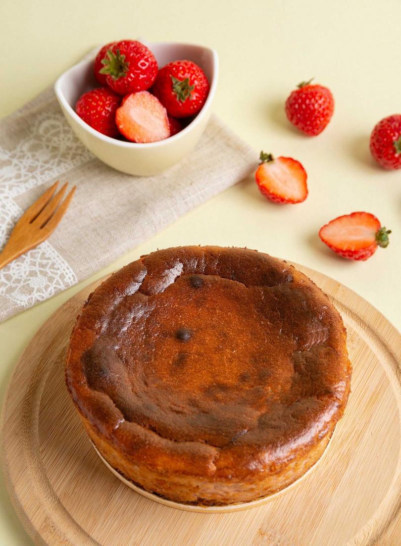 「PABLO草莓巴斯克起司蛋糕」是起司蛋糕控一定要試試看的全新風味!