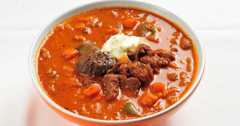 TSS匈牙利牛肉湯。