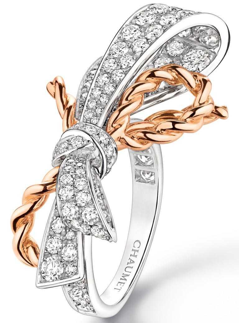 CHAUMET「Isolence」系列,18K白金與18K玫瑰金戒指,鑲嵌明亮式切割鑽石╱496,000元。(圖╱CHAUMET提供)