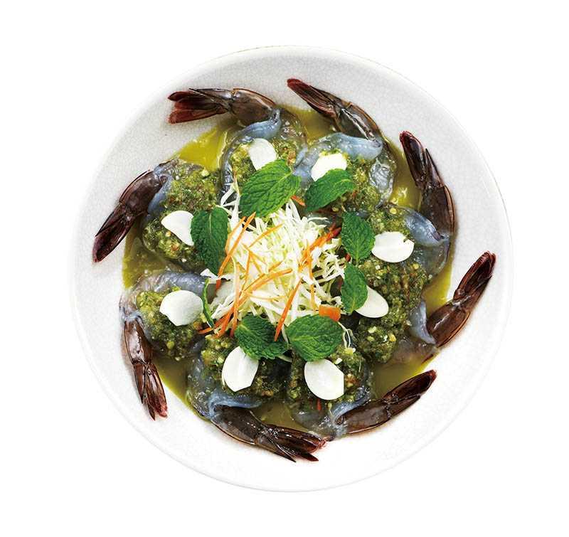 肉質富彈性的「魚露清漬生蝦」,搭上酸辣爽口的海鮮醬,非常醒胃。(480元)(圖/于魯光)