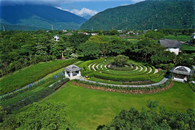 秧悅美地度假酒店的香草迷宮,開放遊客親近香草、體驗香氛,以療癒身心。(圖/秧悅美地度假酒店提供)