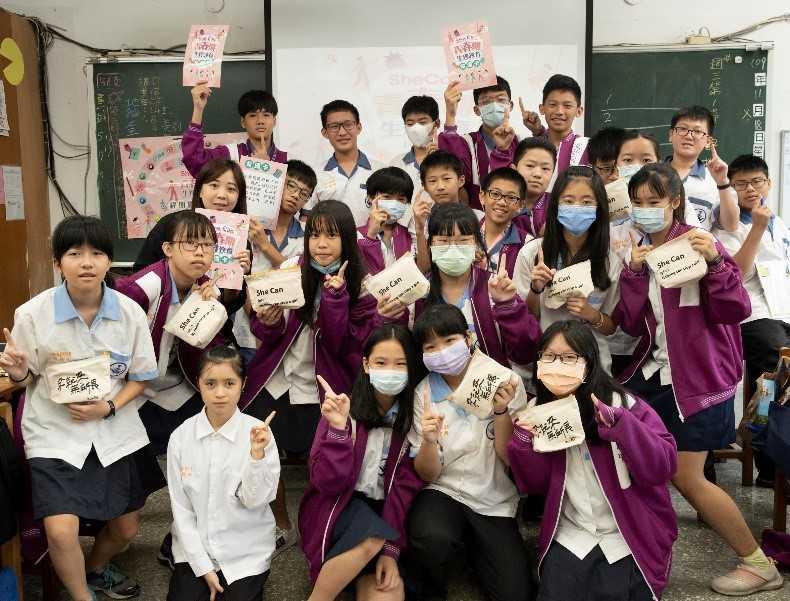 《Kotex青春期校園教育推廣計畫》在去年,幫助3.6萬名國中生,體驗青春期的健教課。