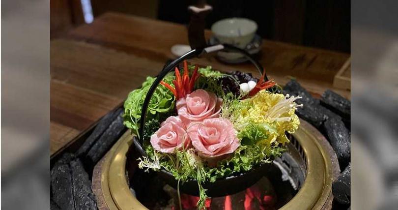 如花藝般呈現的蔬菜與肉品。(圖/胡同裏的寬巷子提供)