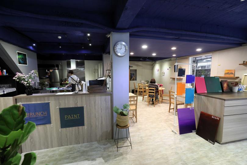 Sens/徜香是一家提供精緻早午餐及自助繪畫空間的溫馨小店。