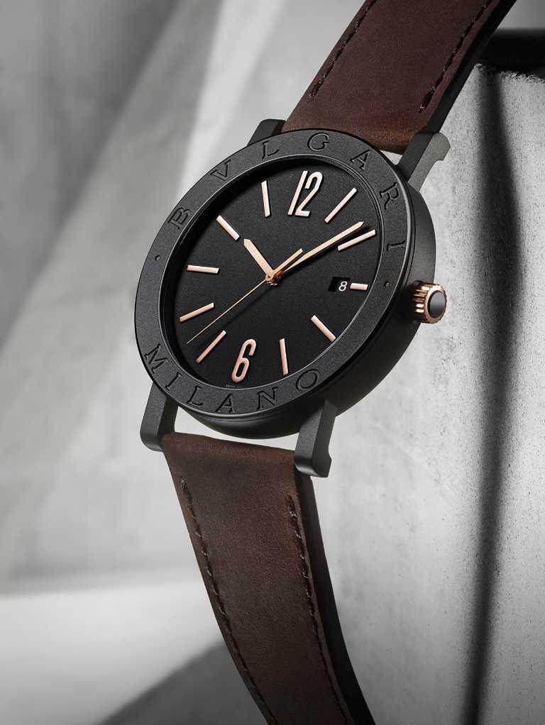 BVLGARI「BVLGARI CITIES城市系列」MILANO特別版腕錶,精鋼錶殼,41mm,棕色小牛皮錶帶╱133,600元。(圖╱BVLGARI提供)