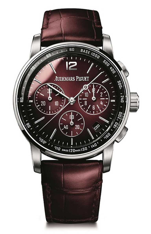 AP「Code 11.59系列」深邃酒紅自動上鍊計時碼錶╱1,382,000元。(圖╱AudemarsPiguet提供)