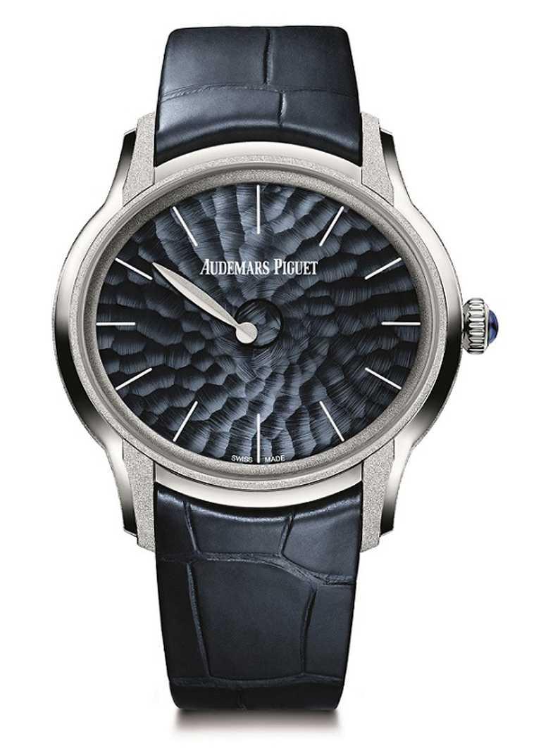 AP「千禧系列」霜金Philosophique腕錶╱962,000元。(圖╱Audemars Piguet提供)