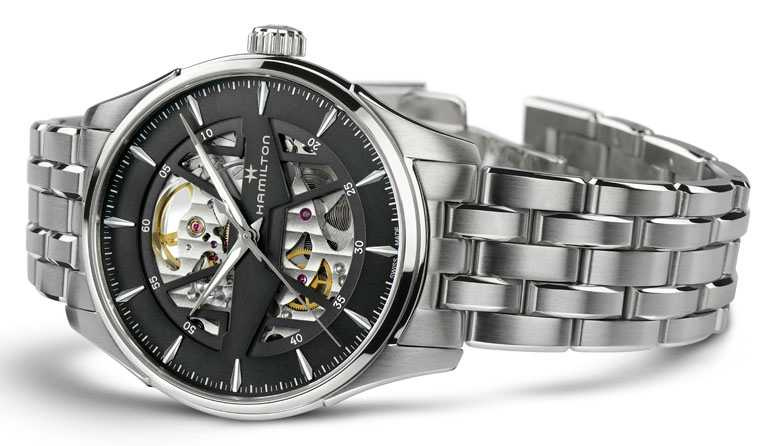 HAMILTON漢米爾頓「Jazzmaster Skeleton鏤空系列」腕錶,鏤空黑色錶盤╱40mm,精鋼錶殼、錶鍊╱41,000元。(圖╱HAMILTON提供)