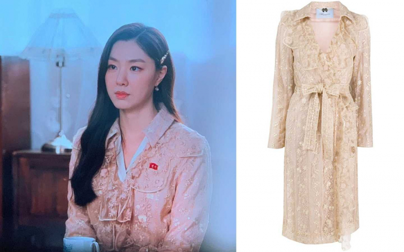 Blumarine 米白色蕾絲風衣外套/136,000元。(圖/品牌提供)