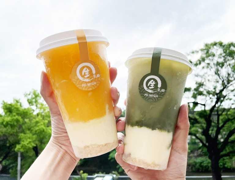 芒果生乳酪(圖左)與抹茶生乳酪。(85元)
