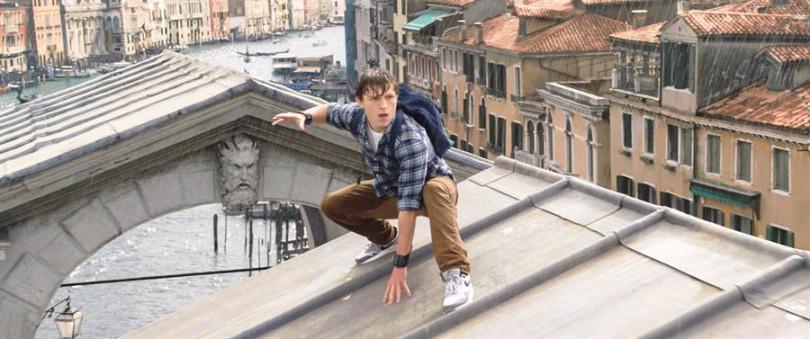 由湯姆霍蘭德飾演的蜘蛛人,頗受影迷的喜愛。(圖/索尼影業提供)
