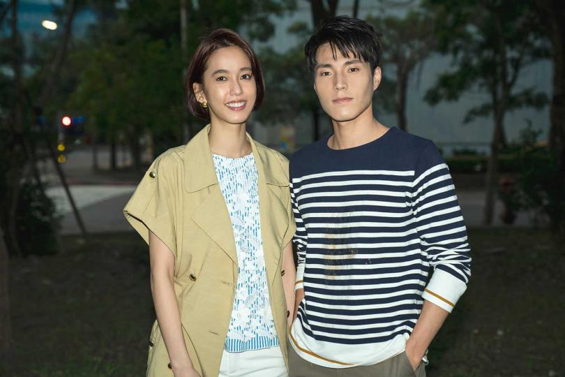 陳庭妮以《俏摩女搶頭婚》女主角「元菲」身分來客串,右為唐振剛。(圖/TVBS提供)