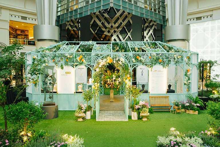 台北1014樓「莫內珠寶秘境」,展出5大品牌多款頂級珠寶。(圖╱台北101提供)