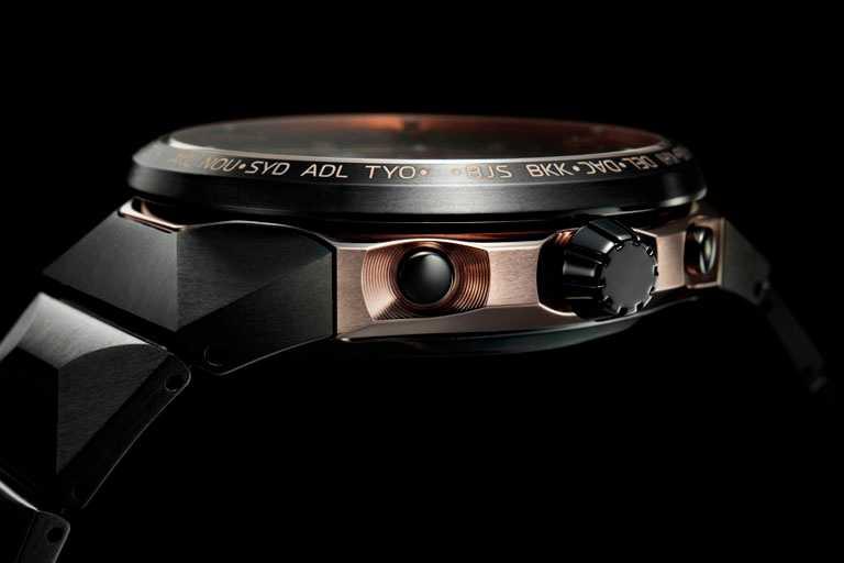 採用鈦金屬科技及CITIZEN「Duratect」獨家表面硬化技術,雙色打造錶殼底層與上蓋,在細節中流露日系美學。(圖╱CITIZEN提供)