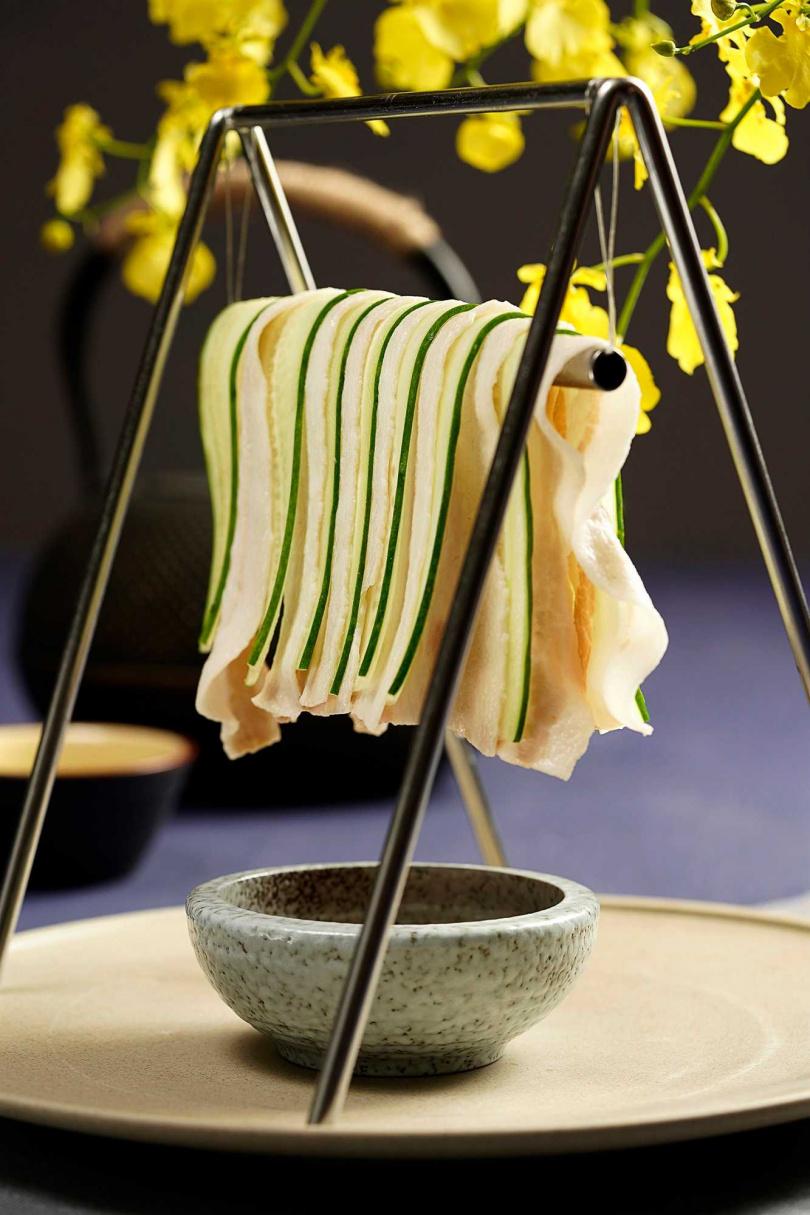 鞦韆晾肉架。(圖/THE上海提供)