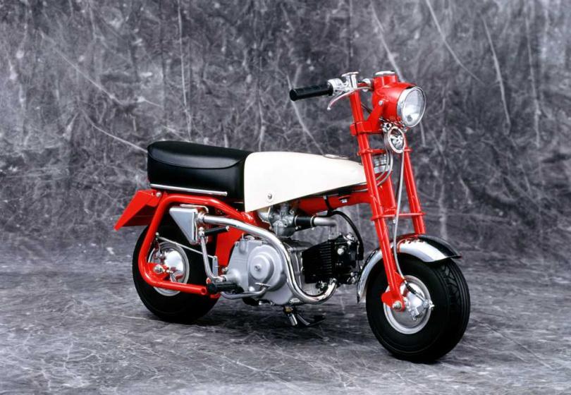MonkeyZ100於1961年問世。