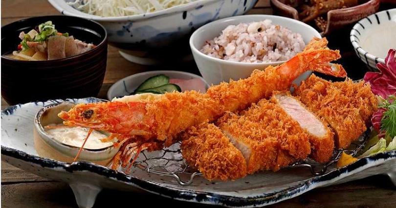海陸雙拼的「酥炸明蝦里肌豬排套餐」。(520元,圖/伊勢路-勝勢日式豬排提供)