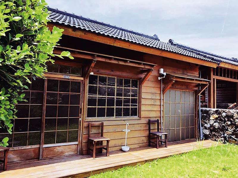 日式木造建築提供乾淨的旅宿環境,處處卻流竄眷村的老靈魂。(圖/篤行十村提供)