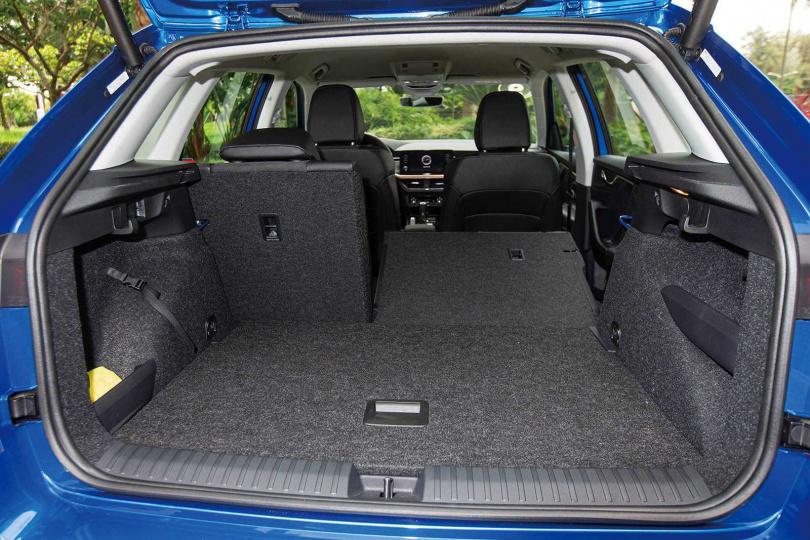 標準狀態下,行李廂空間為400公升,後座傾倒後可達1,395公升。(圖/黃耀徵攝)