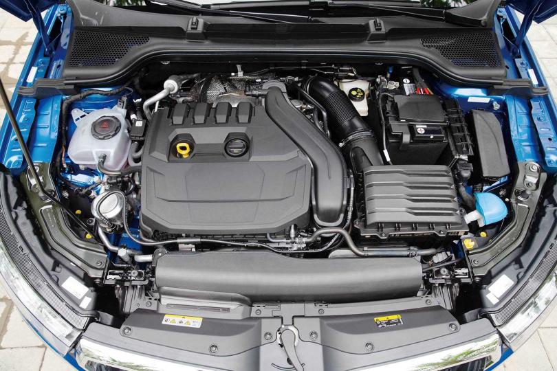 搭載1.5升渦輪增壓引擎,最大輸出為150匹馬力與25.5公斤米扭力。(圖/黃耀徵攝)