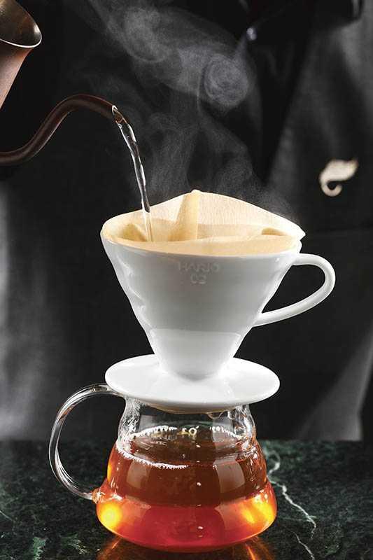 將手沖咖啡的概念延為手沖茶,更能激出厚實茶香。(150元)(圖/于魯光)
