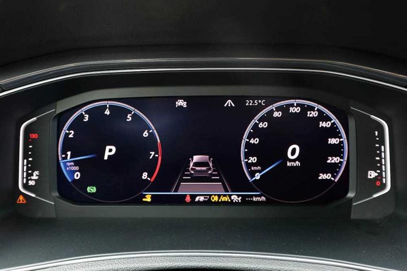 所有行車資訊,都能透過Digital Cockpit Pro 10.25吋全邏輯數位化儀錶版查看。(圖/王永泰攝)