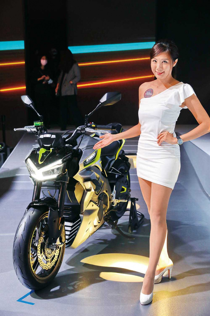 去年在米蘭車展現身的電動重機RevoNex,首次在台灣公開亮相。(圖/李宗明攝)