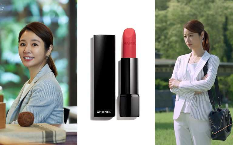 CHANEL超炫耀的極致絲絨唇膏#136/1,350元(圖/品牌提供、翻攝網路)