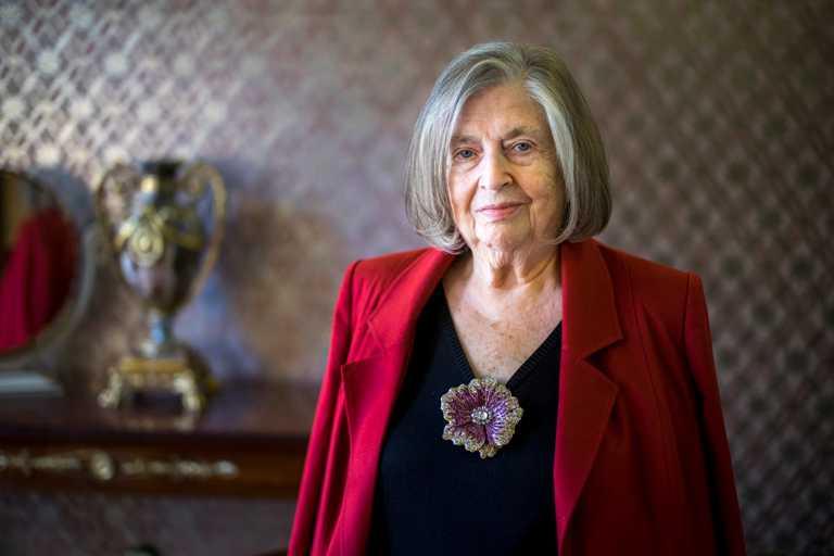 全球頂級藏家珠寶品牌MOUSSAIEFF創始人暨主席,慕莎依芙家族傳人Alisa Moussaieff女士。(圖╱MOUSSAIEFF提供)