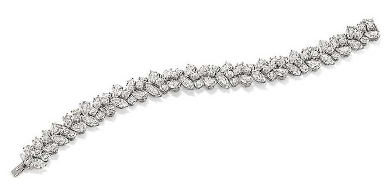 海瑞溫斯頓「Winston Cluster」經典溫斯頓風格鑽石手鍊╱價格店洽。(圖╱HARRY WINSTON提供)