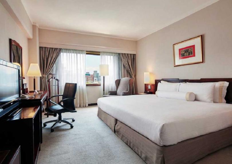 台北福華大飯店--高級單床房。