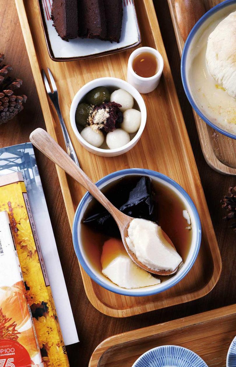 最受客人歡迎的「甜點拼盤」,一次可吃到3種人氣品項。(120元)(圖/于魯光攝)