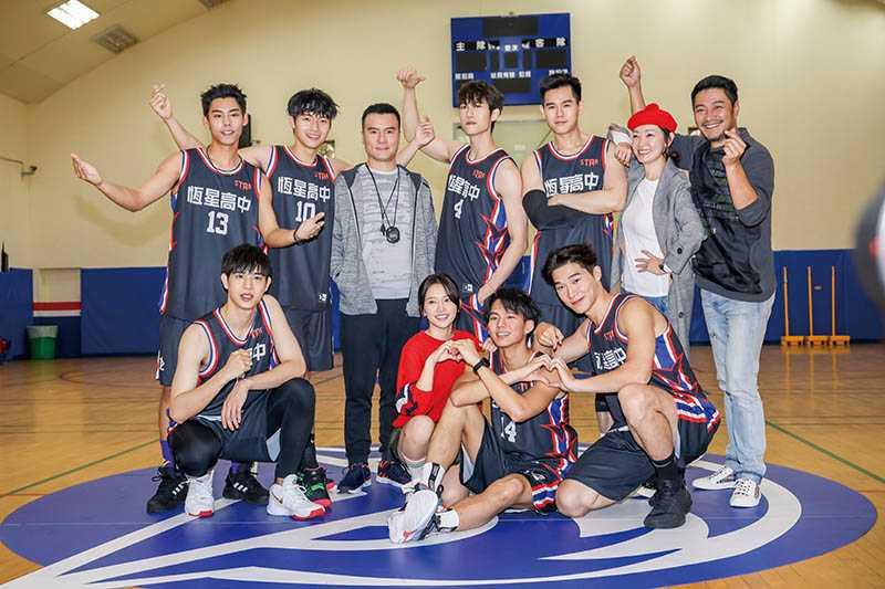 劉育仁在網劇《違反校規的跳投》中,展現自己曾是籃球校隊隊長的英姿。(圖/翻攝自劉育仁臉書)